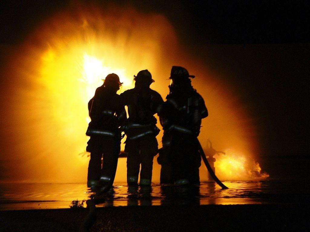 Поздравление с пожарной или мчс
